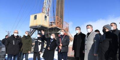 AK Partili Özhaseki, Erciyes'teki Sıcak Su Kaynağı Arama Çalışmalarını İnceledi