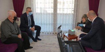 Niğde'de 96 Yaşındaki Fatma Erdem'in Yeni Kimlik Başvurusu Evinde Alındı
