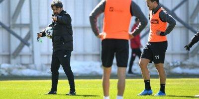 Konyaspor'da Medipol Başakşehir maçı hazırlıkları sürüyor