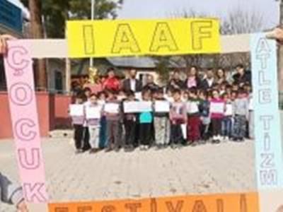 Çocuk Atletizmi Festivali Katranlı Köyüne Uğradı