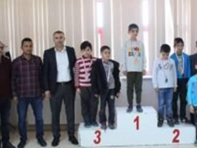 Karaman'da Tıp Bayramı Satranç Turnuvası Düzenlendi