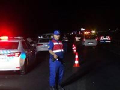 Kazada Önlem Alan Jandarma Uzman Çavuş'a Araç Çarptı