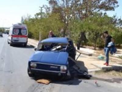 Aksaray'da İki Otomobil Çarpıştı:1 Ölü