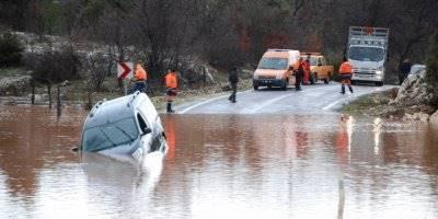 Mersin İçin Meteorolojiden Şiddetli Yağış Uyarısı