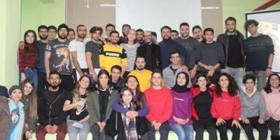 KMÜ BESYO Öğrencilerinden Tiyatro Gösterisi