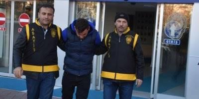 Aksaray'da 14 Yıl Hapis Cezası Bulunan Hırsız Dönercide Yakalandı