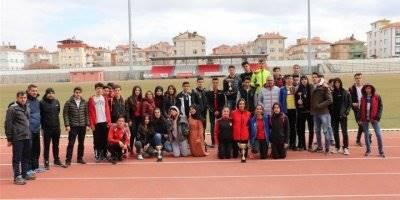 Karaman'da 'Gençler Atletizm' Yarışları Sona Erdi