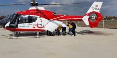 Konya'da Kalp Krizi Geçiren Yaşlı Adam Ambulans Helikopterle Hastaneye Götürüldü