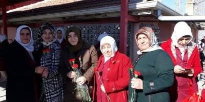 AK Parti 8 Mart Dünya Kadınlar Günü İçin Etkinlik Düzenledi