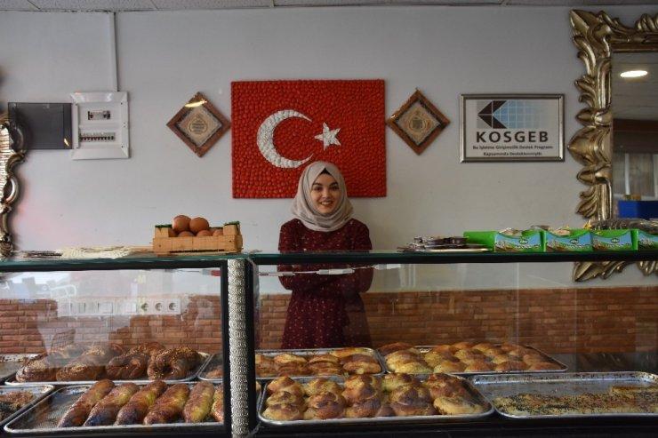 Üniversiteden Mezun Oldu Antalya'da Simitçi Dükkanı Açtı