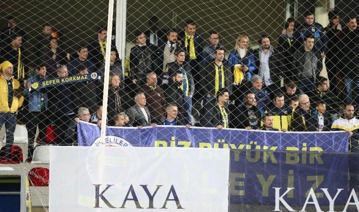 Antalya'da Bulunan Fenerbahçe Günü Çift İdmanla Tamamladı