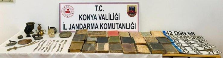 Konya'da 142 Parça Tarihi Eser Ele Geçirildi