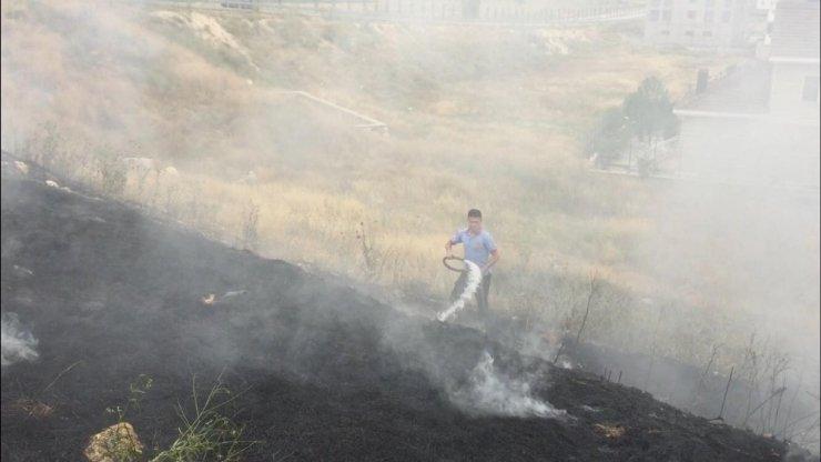 Karaman'da İtfaiyenin Ot Yangını Mesaisi Başladı