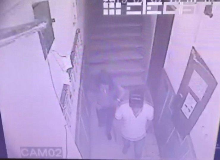 Karısı Tutuklandı, Kendisi Firarda