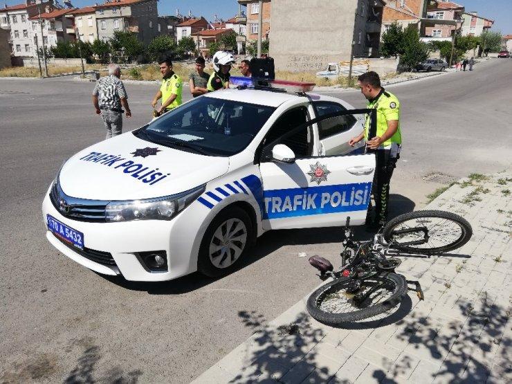 Servis Otobüsüne Çarpan Bisiklet Sürücüsü Çocuk Yaralandı