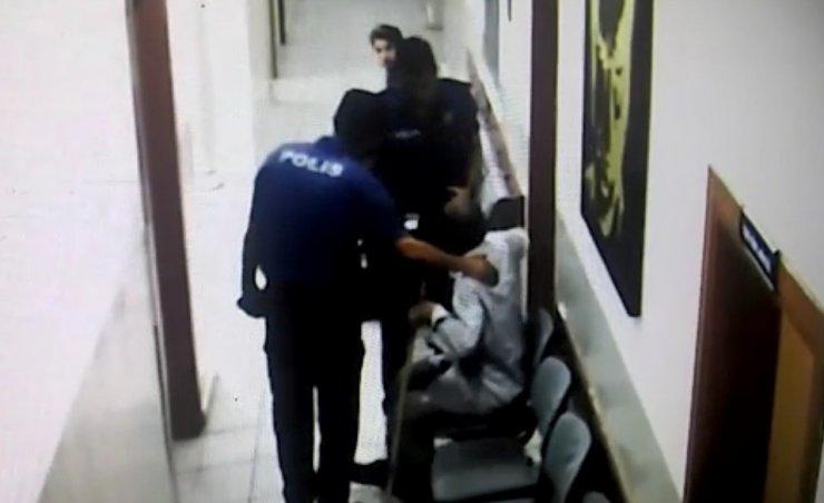 Konya'da Polis Memurundan Duygulandıran Davranış