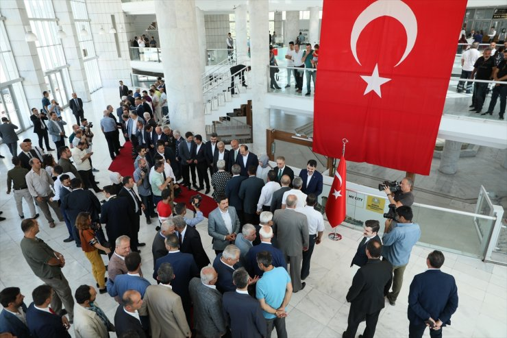 Bakan Kurum Konya'da Hemşehrileriyle Bayramlaştı