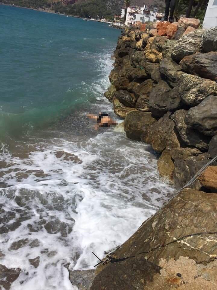 Emekli Kadın Öğretmen Denizde Boğuldu