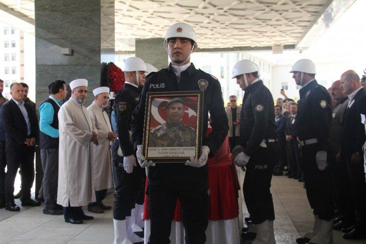 Şehit Özel Harekat Şube Müdürü Kansuva Son Yolcuğuna Uğurlandı