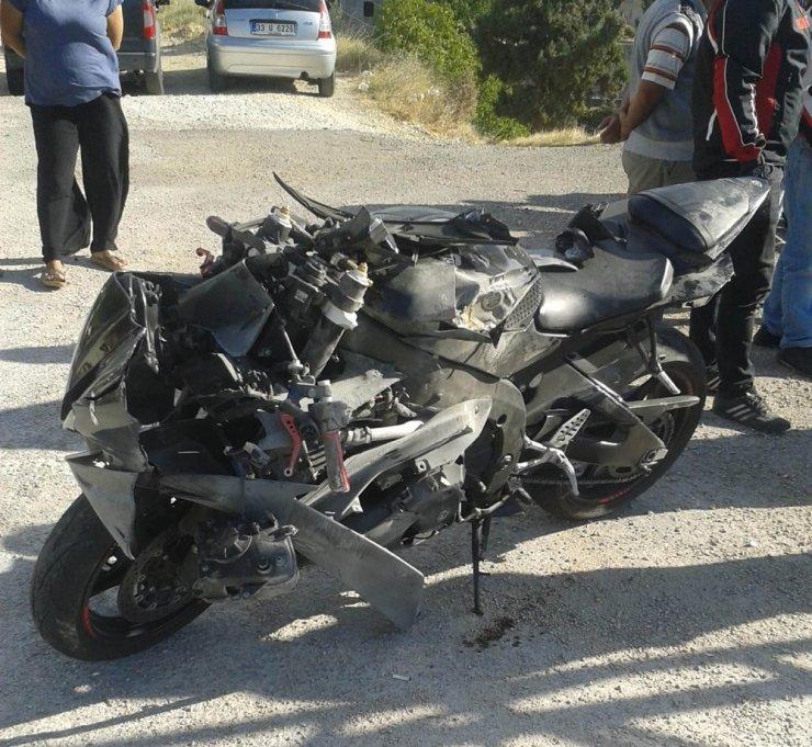 Mut'ta 2 Ayrı Trafik Kazasında 2 Yaralı