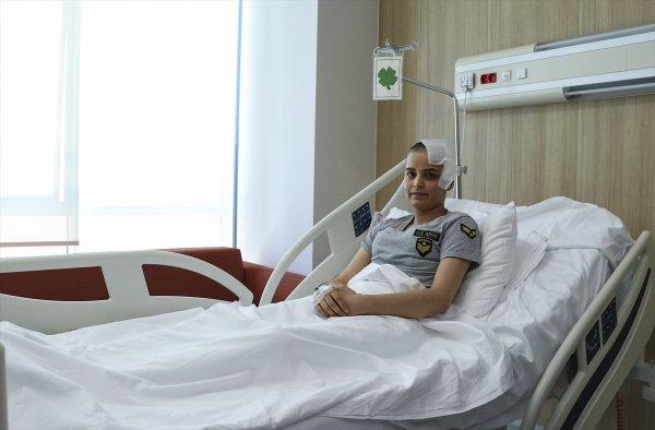 100 Binde Bir Görülen Hastalığı Beyin Baypasıyla Yendi