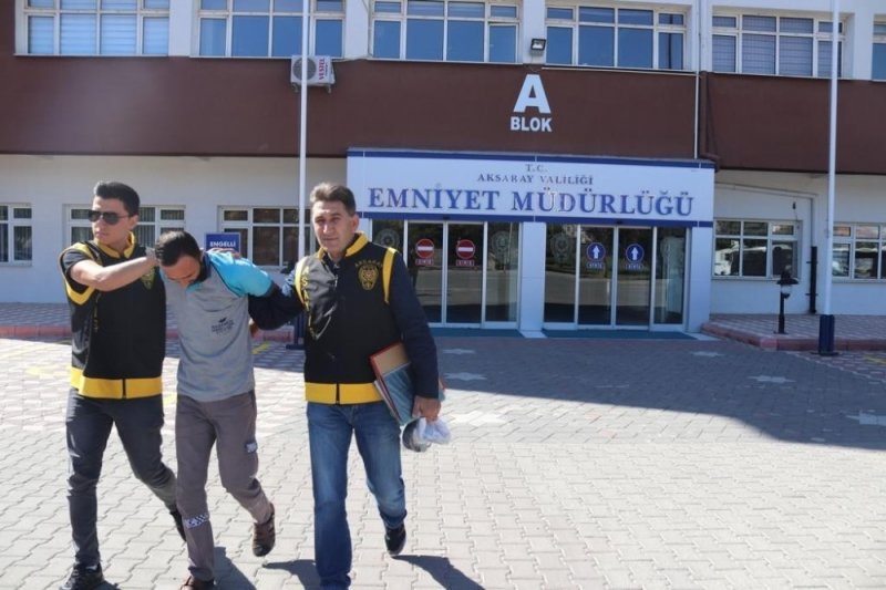 Aksaray'da İnşaat Fareleri Kovalamaca Sonucu Ele Geçirildi