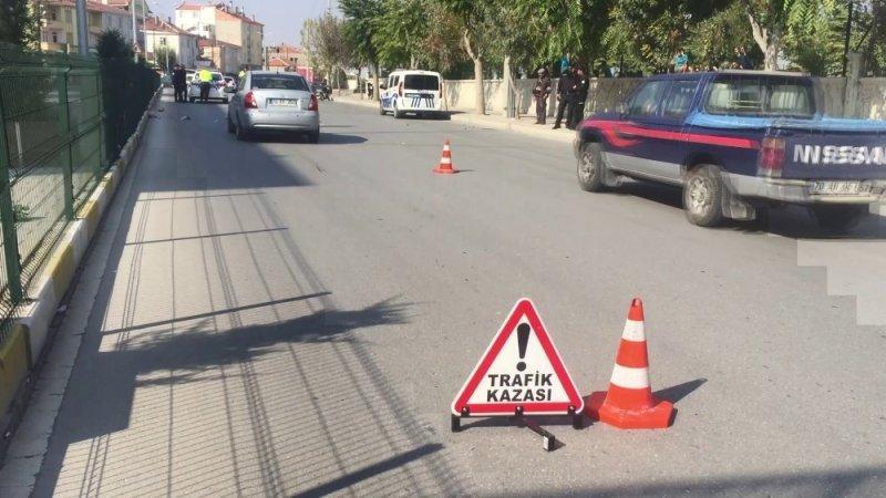 Karaman'da Otomobil Elektrikli Bisiklete Arkadan Çarptı
