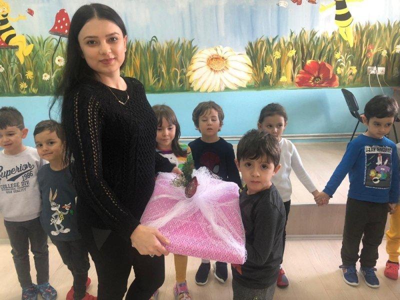 Karaman'da Minik Öğrencilerden Öğretmenlerine Anlamlı Hediye