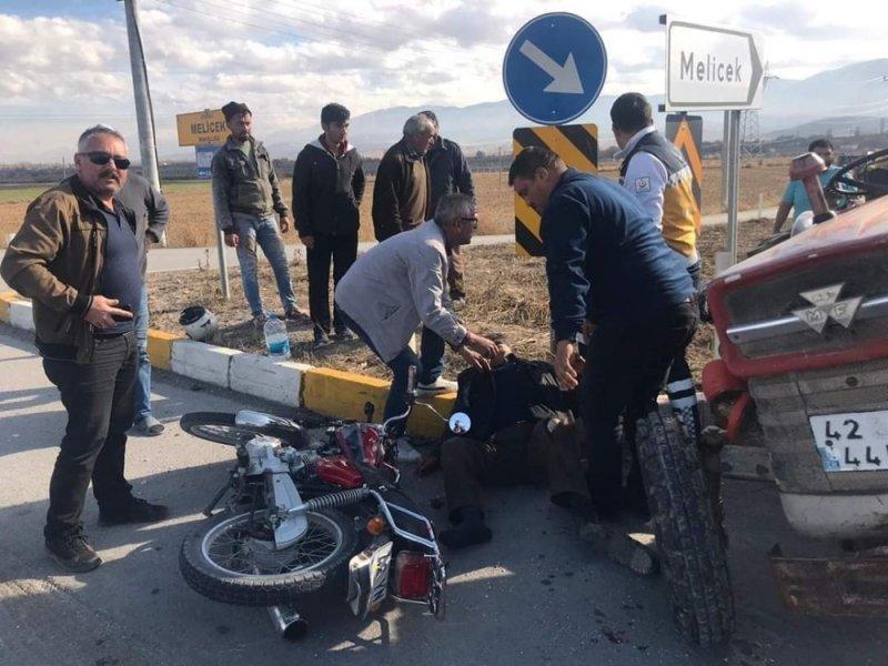 Ereğli'de Motosikletle Traktör Çarpıştı: 1 Ölü, 1 Yaralı