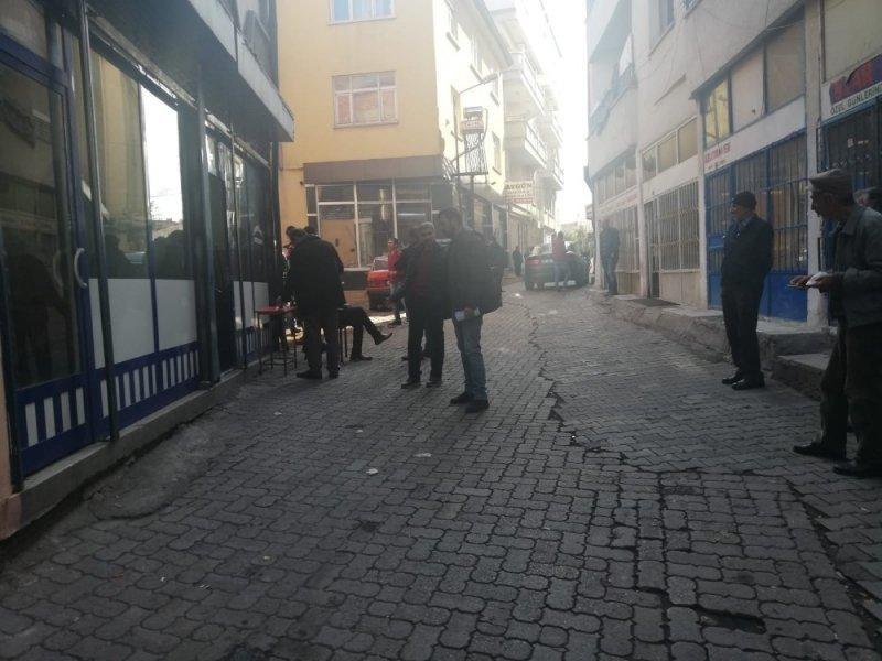 Aksaray'da Oyun Salonunda Silahlı Kavga
