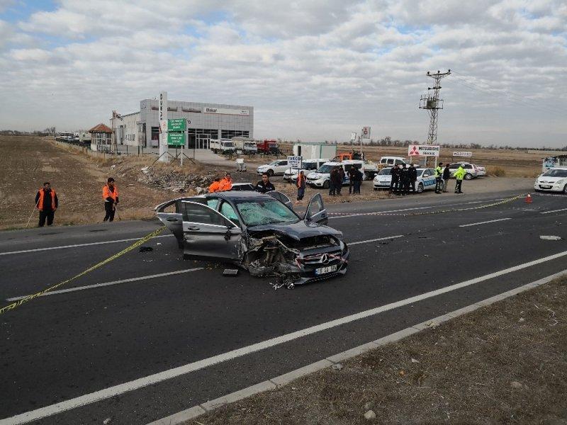 Aksaray'da Trafik Kazası : 1 Ölü, 3 Yaralı