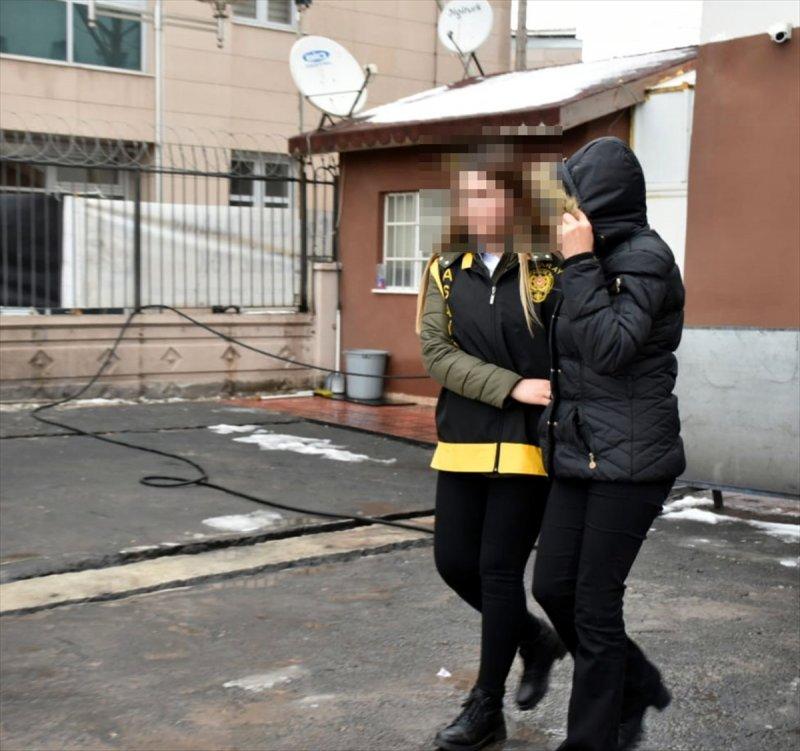 Aksaray'da Darp Ve Zorla Senet İmzalatma İddiasıyla Yakalanan 3 Zanlı Tutuklandı