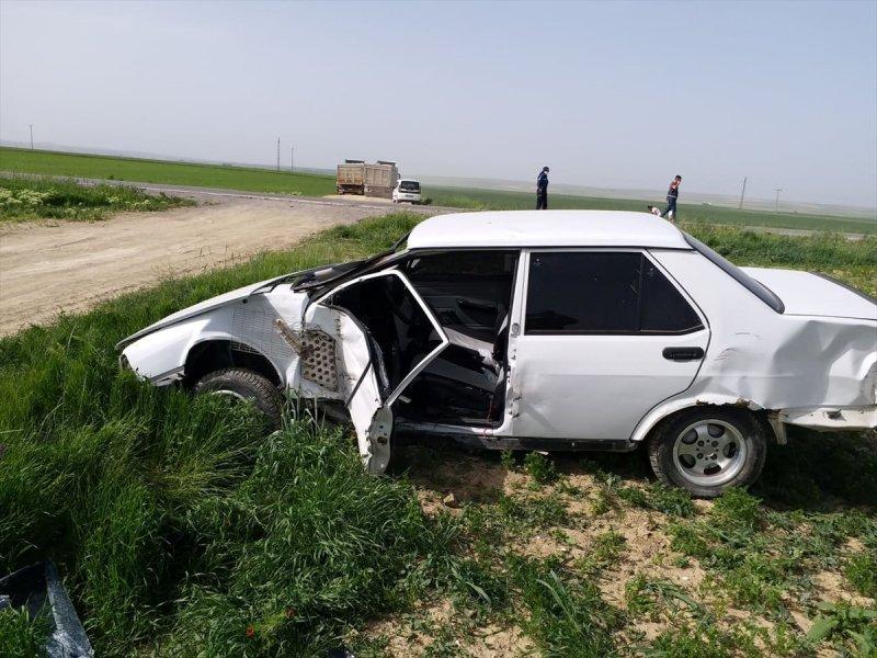 Konya'da Tır İle Otomobil Çarpıştı: 3 Yaralı