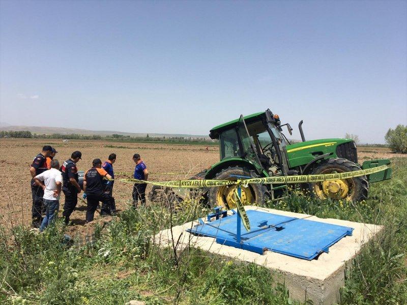 Aksaray'da Freni Boşalan Traktörün Altında Kalan Çiftçi Öldü