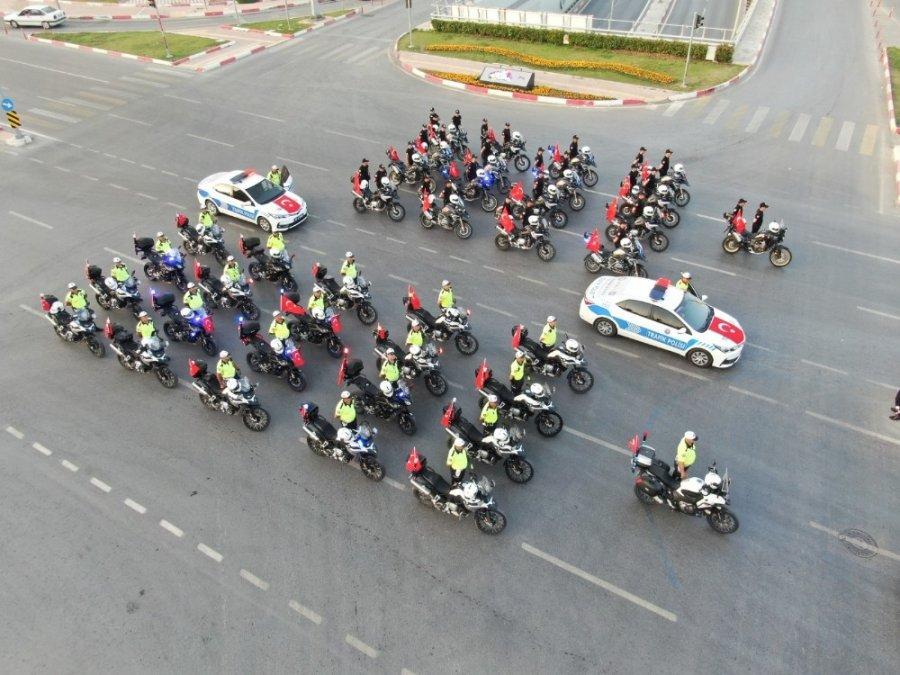 Mersin Polisinden Anlamlı 19 Mayıs Kutlaması