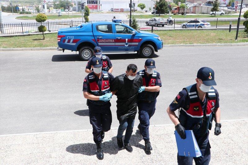 5 Ayrı Suçtan Aranıyordu. Karaman'da Yakayı Ele Verdi