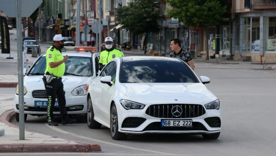 Aksaray Polisi Sokaklarda Denetimde