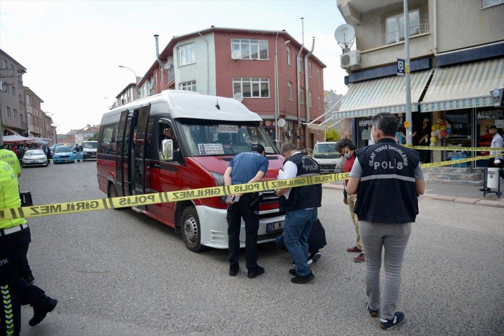 Eskişehir'de Dolmuşun Çarptığı 5 Yaşındaki Çocuk Öldü