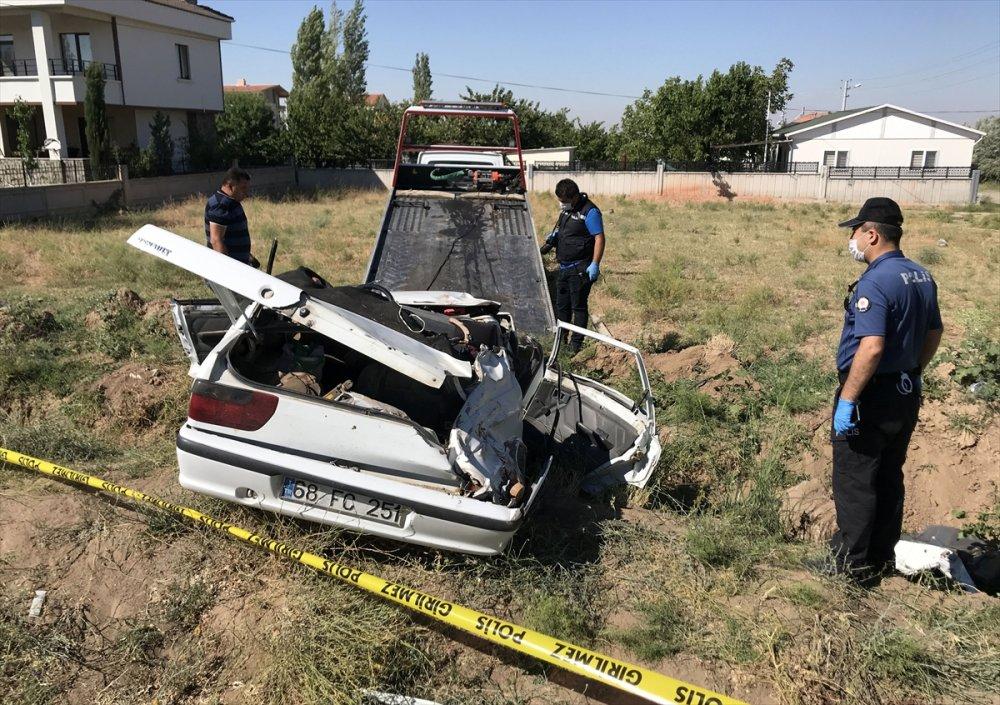 Aksaray'da Otomobil Devrildi: 1 Ölü, 4 Yaralı
