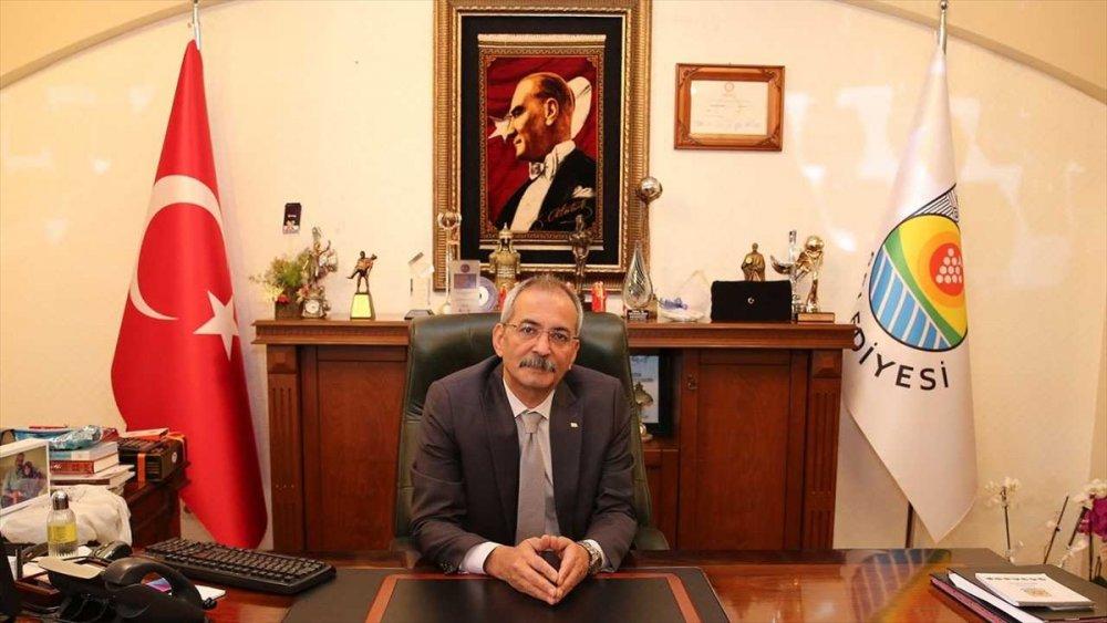 Kovid-19'u Yenen Tarsus Belediye Başkanı Bozdoğan Görevine Döndü