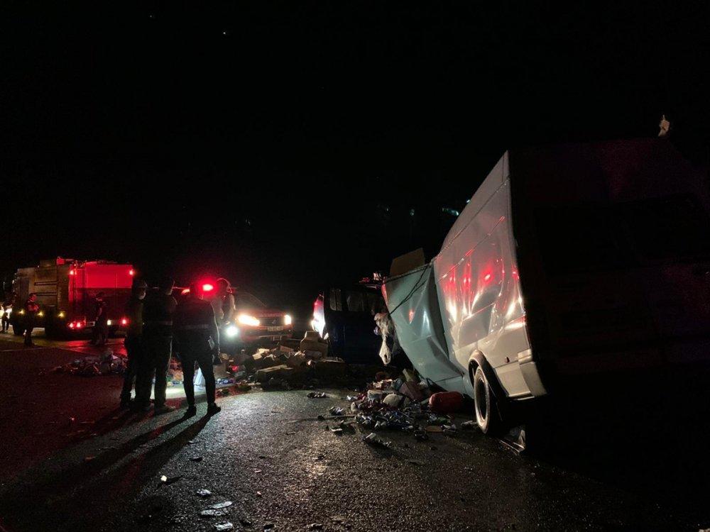 Antalya Yolunda Feci Kaza Ölü ve Yaralılar Var