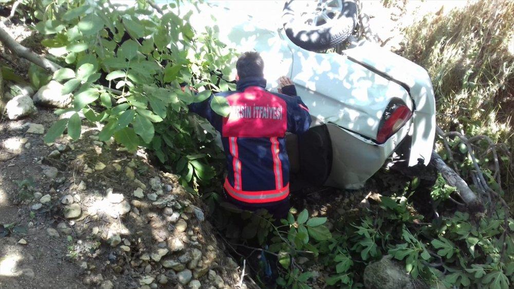 Mersin'de Otomobil Uçuruma Devrildi: 5 Yaralı