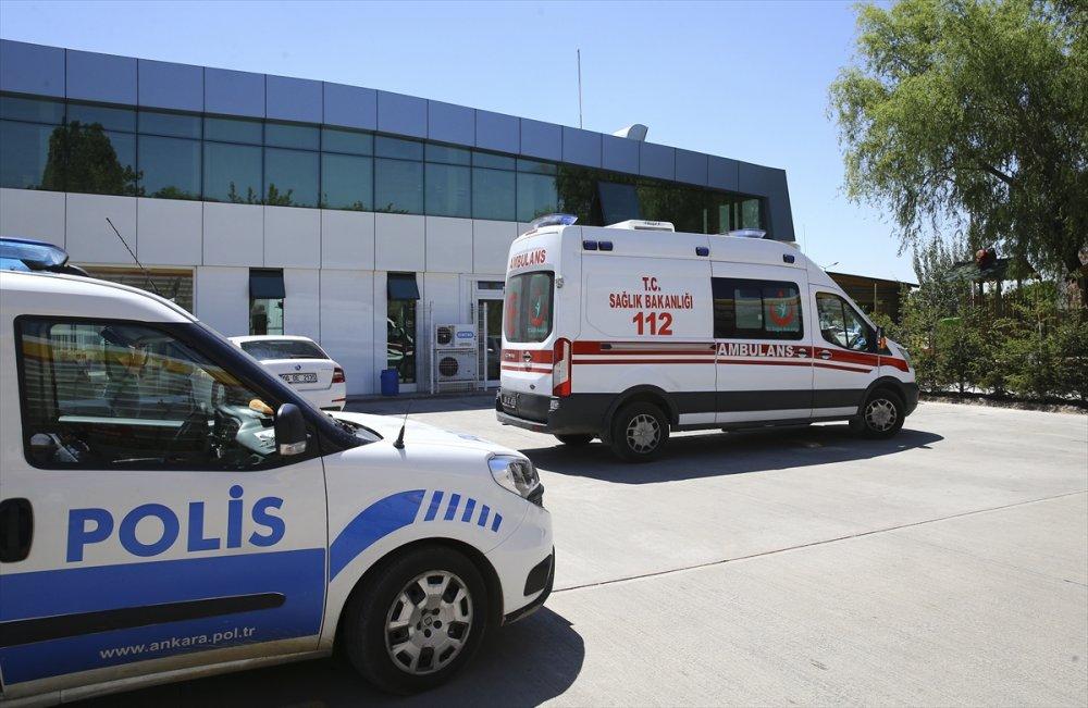 Akaryakıt istasyonunda çalışan eşini öldürdü, iş yeri sahibini ağır yaraladı
