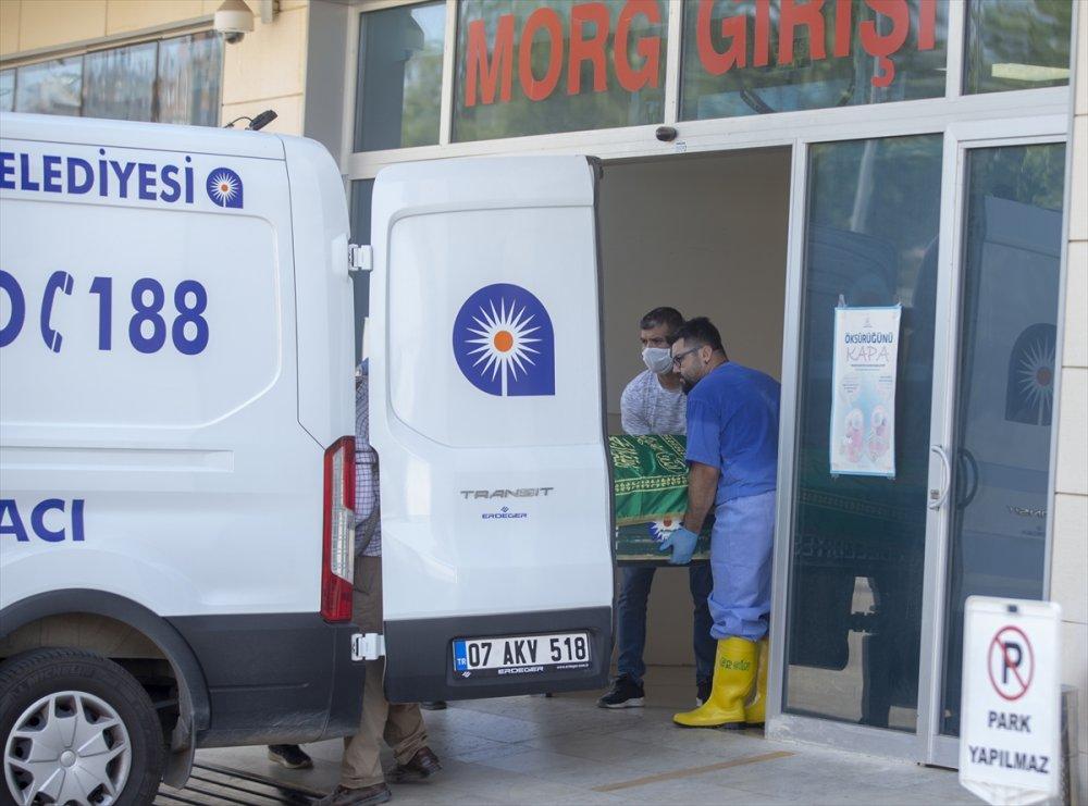 Antalya'da Yaşanan Olayda Abi Kardeş Katili Oldu