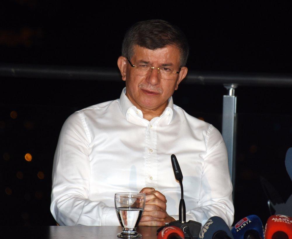 Gelecek Partisi Genel Başkanı Davutoğlu, Ortadoğu'yu Değerlendirdi