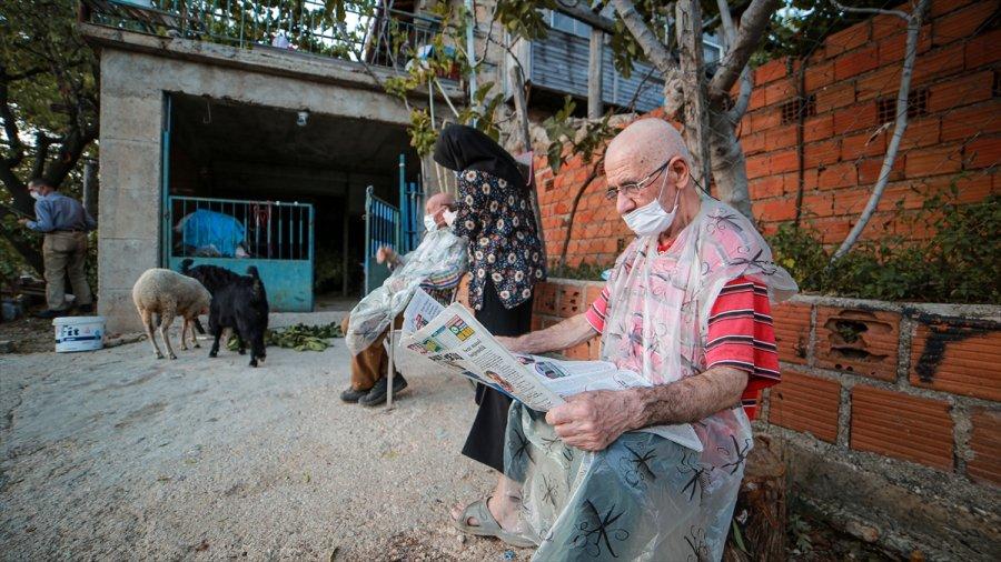 Üniversiteli Reyhan Yaşlıların Yaşamına Dokunuyor