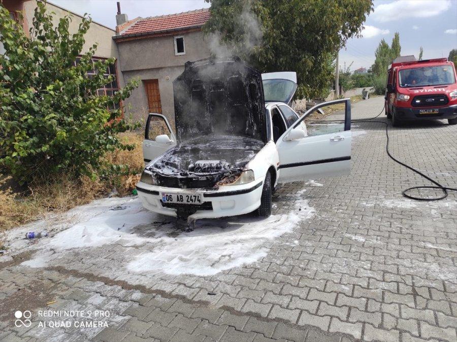 Kulu'da Seyir Halindeki Otomobil Yandı