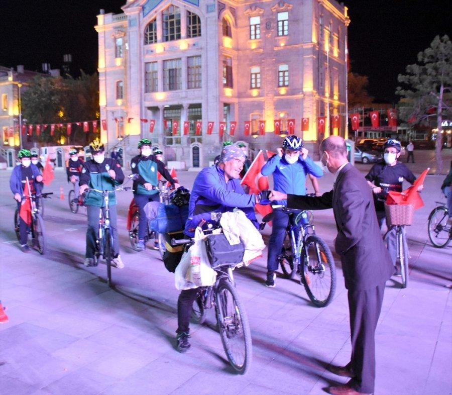 Yetimlere Farkındalık İçin Bisikletle Malatya'dan Yola Çıkan İhh Gönüllüsü Aksaray'a Geldi