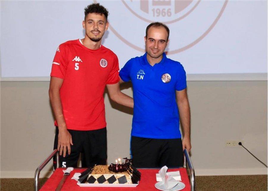 Antalyaspor, Yeni Malatyaspor Maçı Hazırlıklarını Sürdürdü