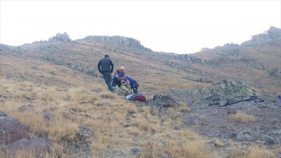 Niğde'de Kayalıklarda 5 Gün Mahsur Kalan Keçiler Afad Ekiplerince Kurtarıldı